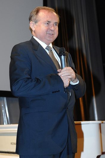 Končící předseda Břetislav Ošťádal