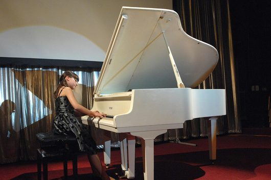 Kristine Ayvazyan
