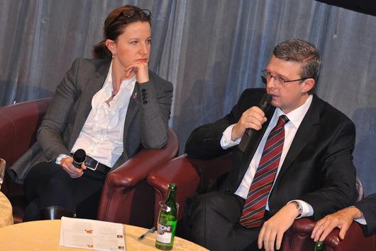 Karolína Peake (místopředsedkyně vlády), Karel Havlíček (předseda představenstva AMSP ČR)
